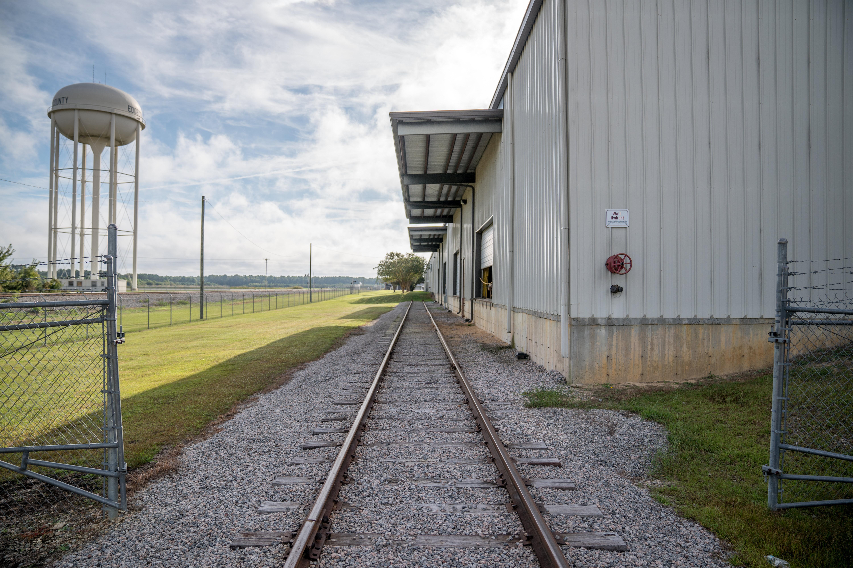 rail transload facility
